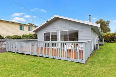 LOW MAINTENANCE GEM IN THE HEART OF APOLLO BAY