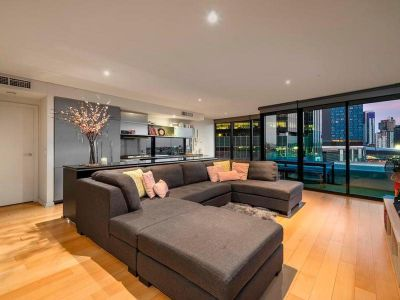 Lap up the Luxury in this Superb Yarra's Edge Apartment