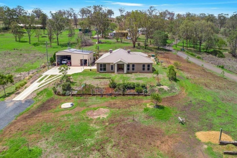 For Sale By Owner: 30 Graham Road, Torrington, QLD 4350
