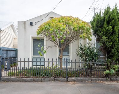 Beautiful, freshly painted home, located in one of Melbourne's best post codes, Yarraville Village