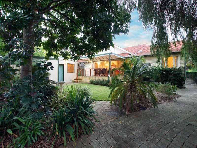 60 Whatley Crescent Mount Lawley 6050