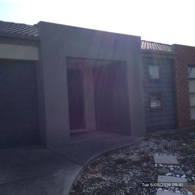 Looking for the Perfect 3 Bedroom Home in Point Cook? Look No Further!