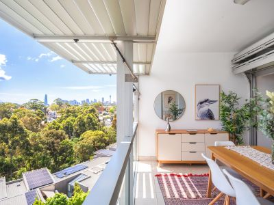 Full City Views from A Smart Loggia Apartment