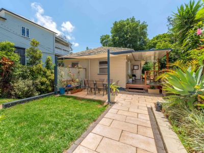 Entertainer Dream - Stylishly Renovated Home