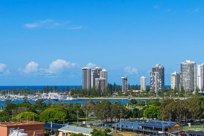 Panoramic Broadwater and Skyline Views - North East Facing - Executive Building