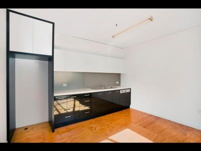 11 - 339 Williamstown Rd, Port Melbourne