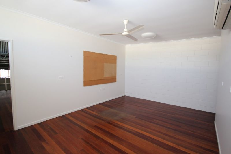 Affordable Strata Office / Warehouse Unit Currajong - For Sale (Motivated Seller)
