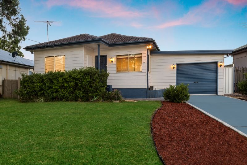 33 Venn Avenue, Lalor Park NSW 2147