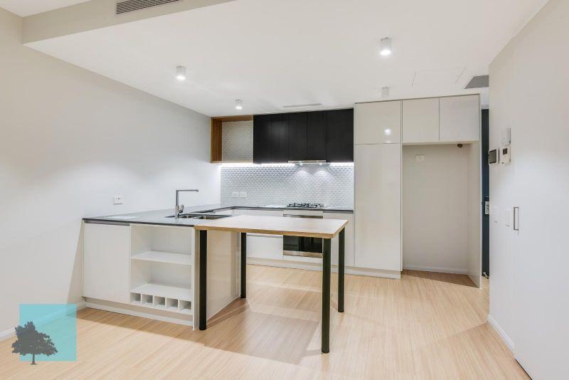 Stunning 1 Bedroom Apartment!>