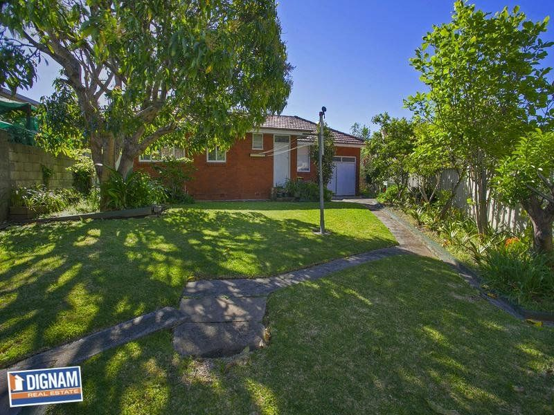 1 Dymock Street, Fairy Meadow NSW