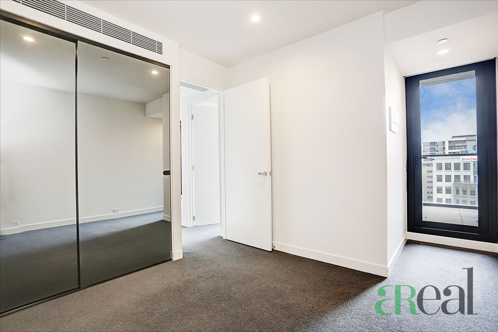 903/555 St Kilda Road, Melbourne VIC