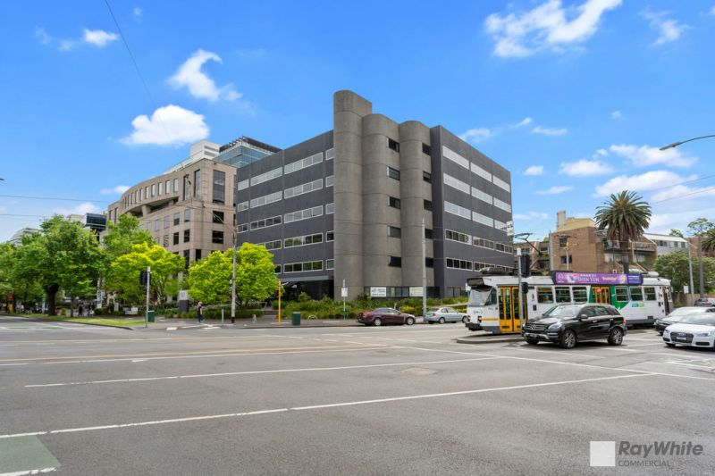 Medical / Office Suite Opposite Alfred Hospital!