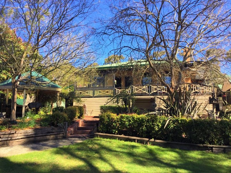 For Sale By Owner: 3 Brookes Crescent, Macedon, VIC 3440
