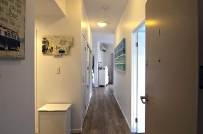 Modern 3 bedroom, coastal unit