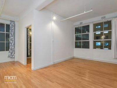 Temple Court: Two Bedroom Apartment in Perfect CBD Location with Everything at Doorstep!