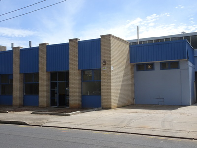Showroom/Retail, Warehouse (or factory) and offices