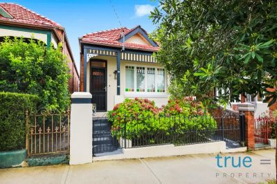 22 Macaulay Road, Stannmore