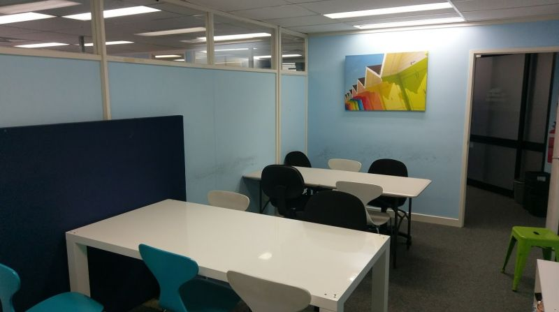 Fitted Office In Central Bundall Road Location