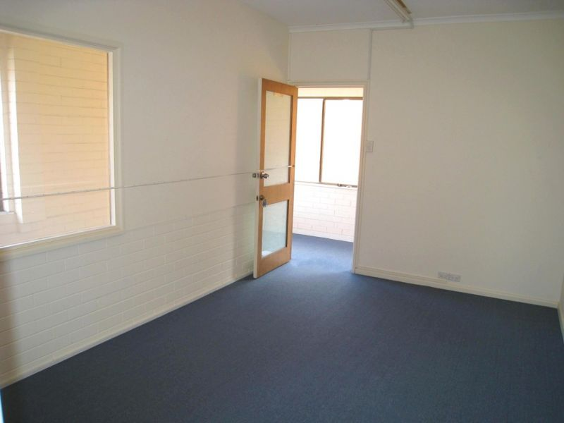 2 x FIRST FLOOR COMMERCIAL OFFICE PREMISES