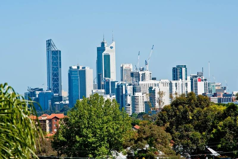 FULL CITY VIEWS FROM YOUR OWN PRIVATE 16sqm WRAP AROUND BALCONY