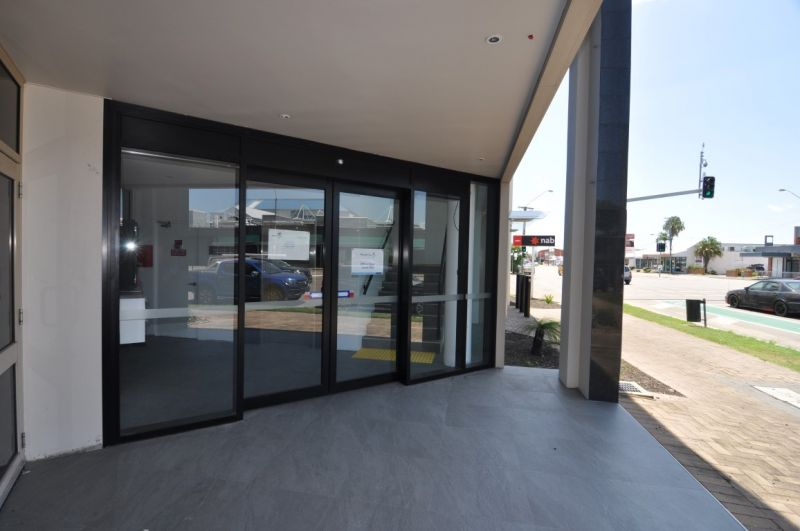 Ground floor professional office space in Aitkenvale