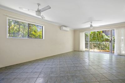 Unique two level Townhouse in Perfect Location