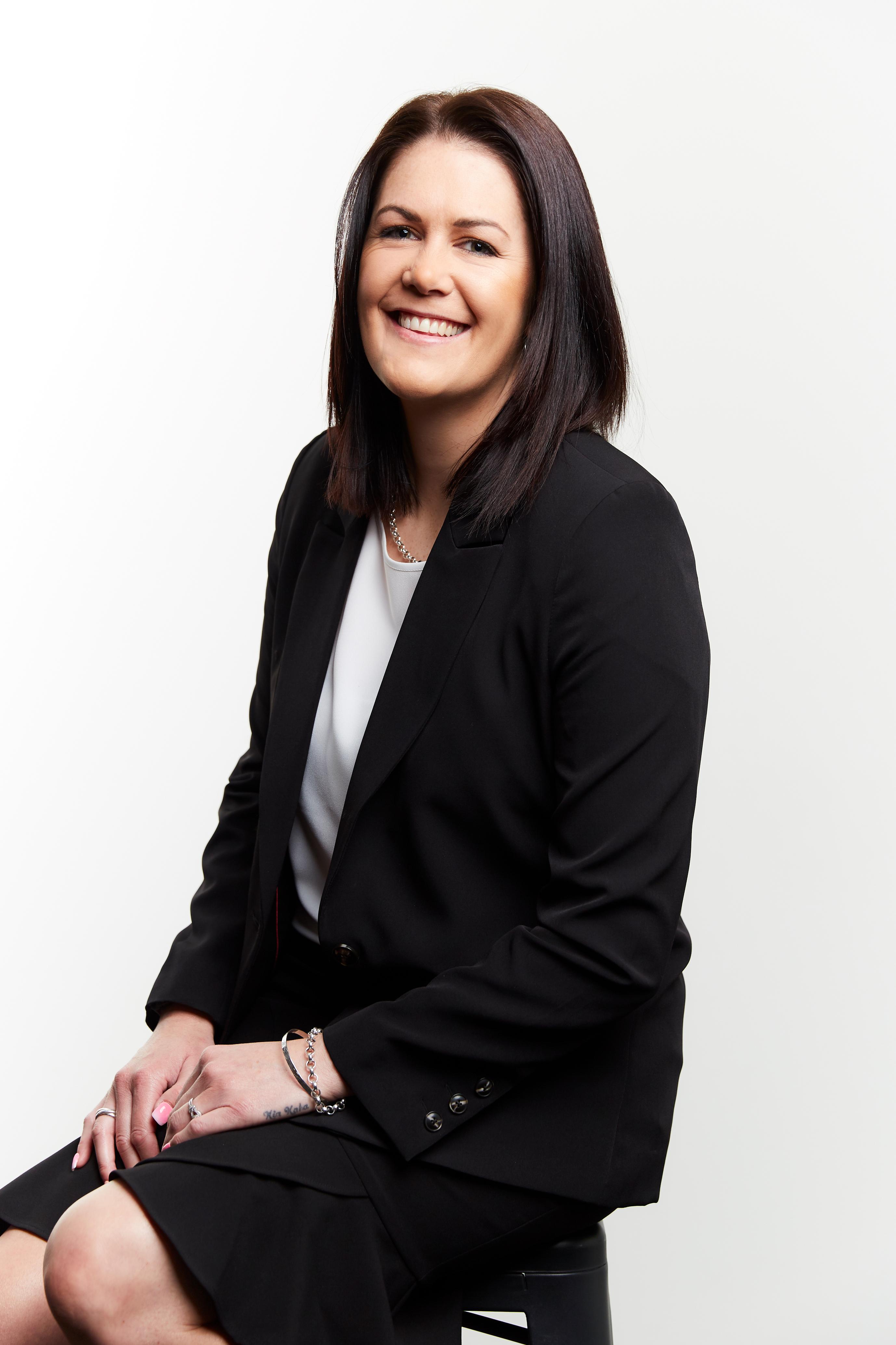 Pania Short Real Estate Agent