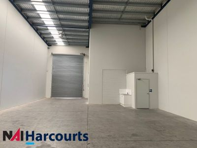 Small Warehouse with 3 Phase Power