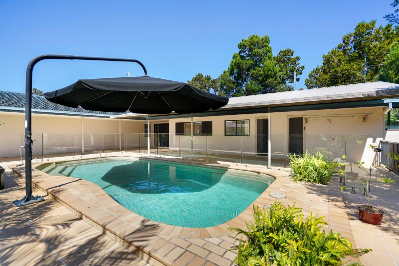 For Sale By Owner: 340 Oxley Drive, Coombabah, QLD 4216