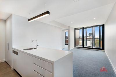 2 bedroom, 2 bathroom + Study Stunning Parque Apartment!