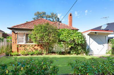 1 Abel Street, Greenacre NSW 2190