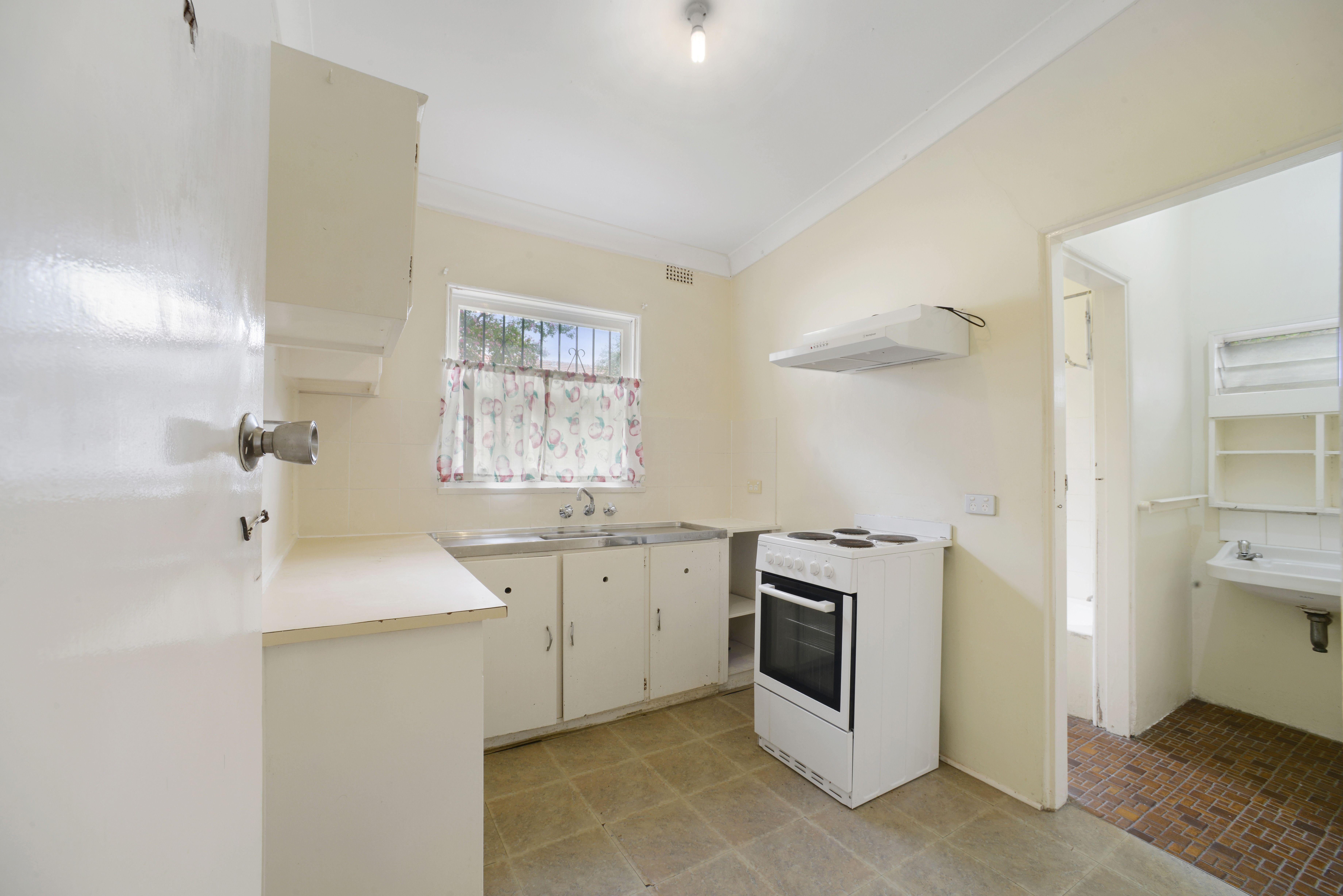 2/11 Emu Street, Strathfield NSW 2135