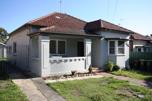 16 Pomeroy Street North Strathfield 2137