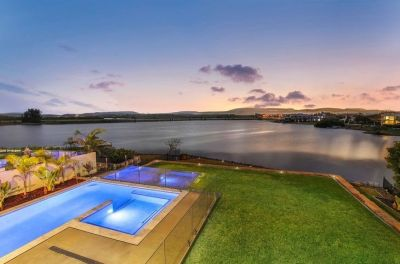 Serenity Shores Stunner with Direct Ocean Access