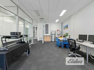 CORPORATE & CREATIVE OFFICE IN NEWSTEAD'S HOTTEST BUILDING!