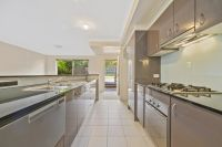 MODERN TWO STOREY TOWNHOUSE IN LEICHHARDT