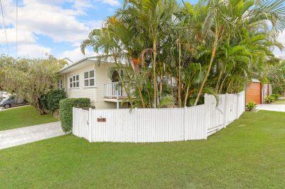 Palm Beaches Finest Beach House! 1 Block to the Beach!