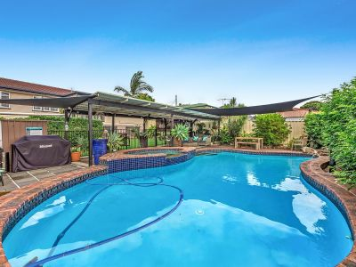 HUGE 2 STORY FAMILY HOME WITH INGROUND POOL