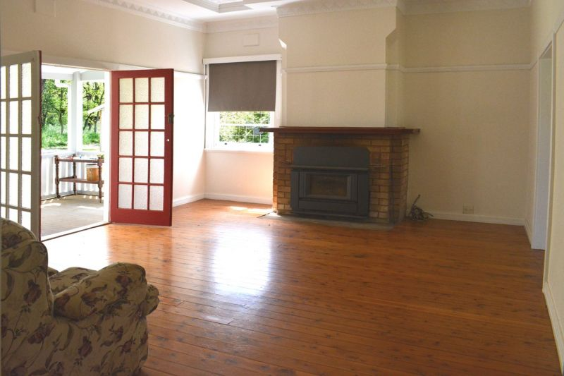 For Sale By Owner: 74 Hope Street, Coonabarabran, NSW 2357