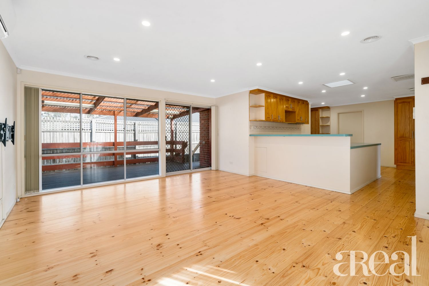 2/16 McGuinness Road, Bentleigh East VIC 3165