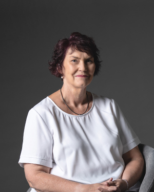 Sharon McInnes Real Estate Agent