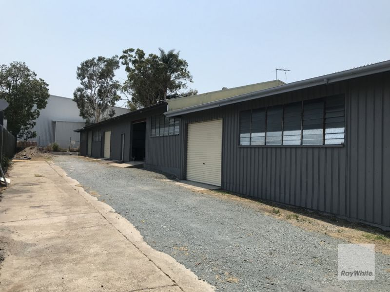Freehold Warehouse with Hardstand
