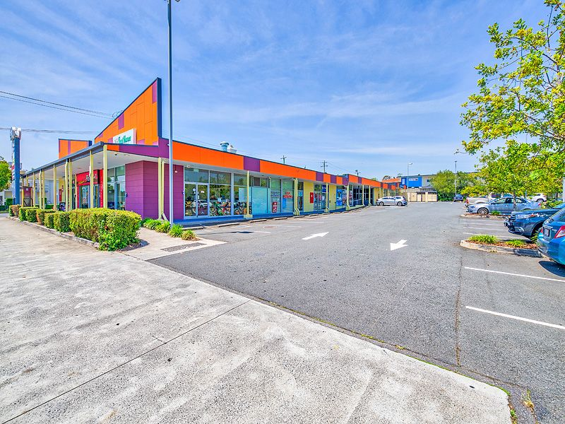LEASING OPPORTUNITY IN THE HEART OF WATERFORD