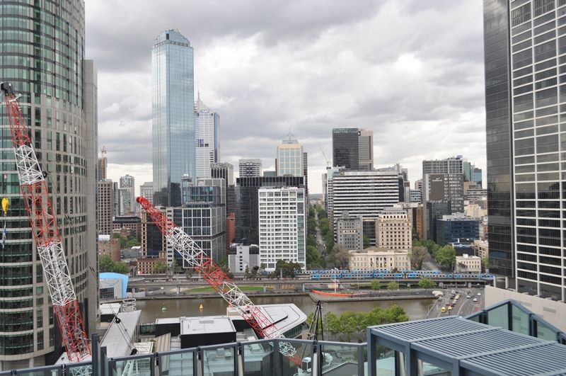 Southbank One: 22nd Floor - Stunning Two Bedroom in the Heart of Melbourne! L/B