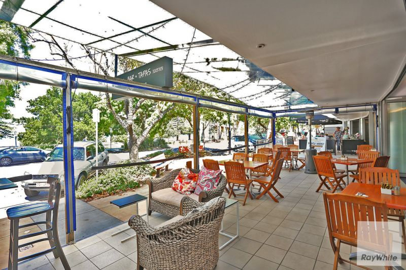 Fully Fitted Out Restaurant Overlooking Moreton Bay