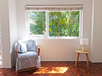 PRIVATE ONE BED UNIT +  OWN COURTYARD!