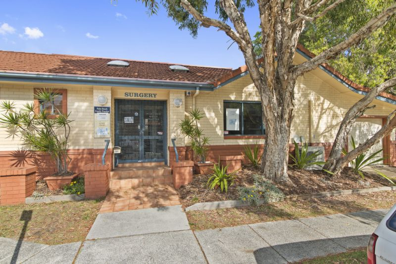 Vacant Medical Surgery in Palm Beach - Auction