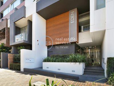 Magnificent 1-Bedroom Apartment in Harold Park