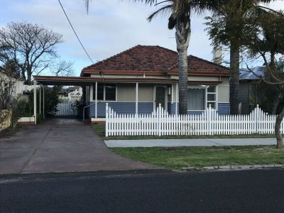 DELIGHTFUL CHARACTER HOME IN SOUTH BUNBURY