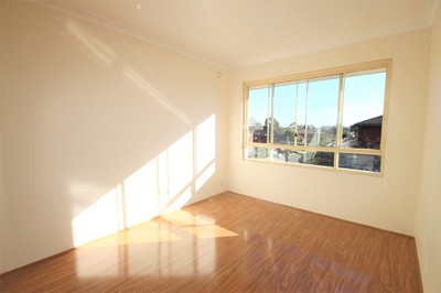 Renovated Two Bedroom Unit